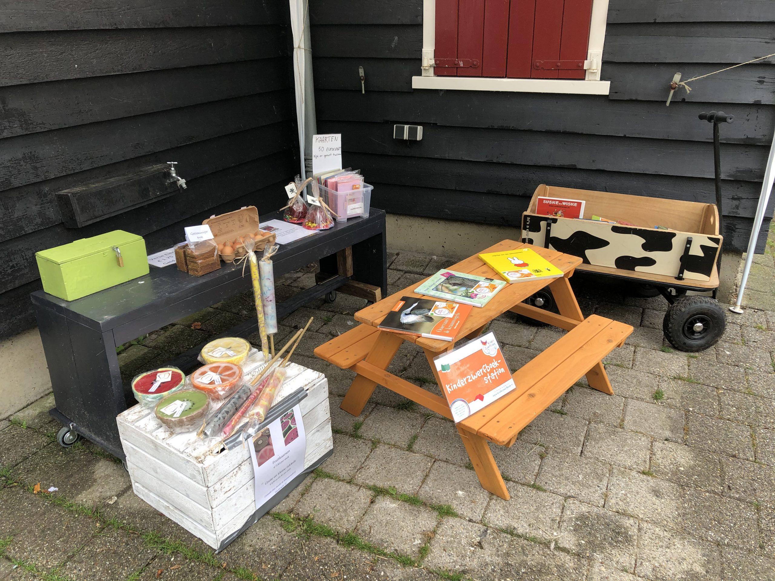 Kinderzwerfboekenstation in het Zoddepark