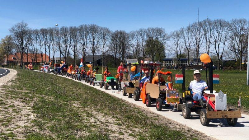 J. v.d. Wendeschool viert Koningsspelen met eigen optocht