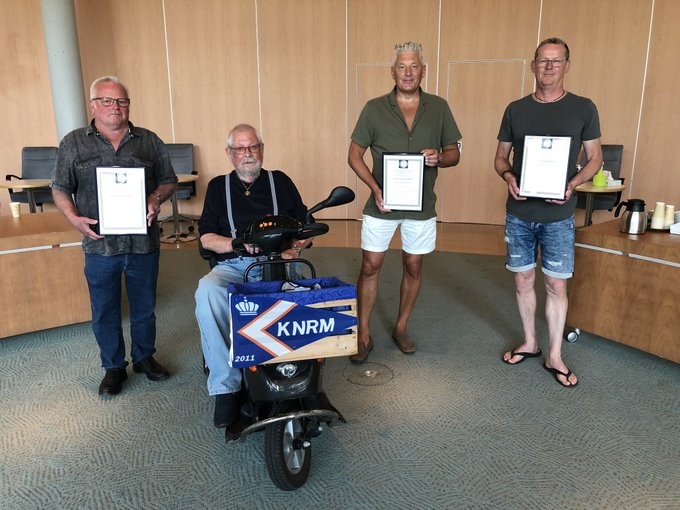 Helden krijgen medailles voor redden drenkelingen uit IJssel